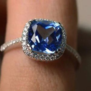 BLUE SAPPHIRE 925 FILLED RING SIZE 6